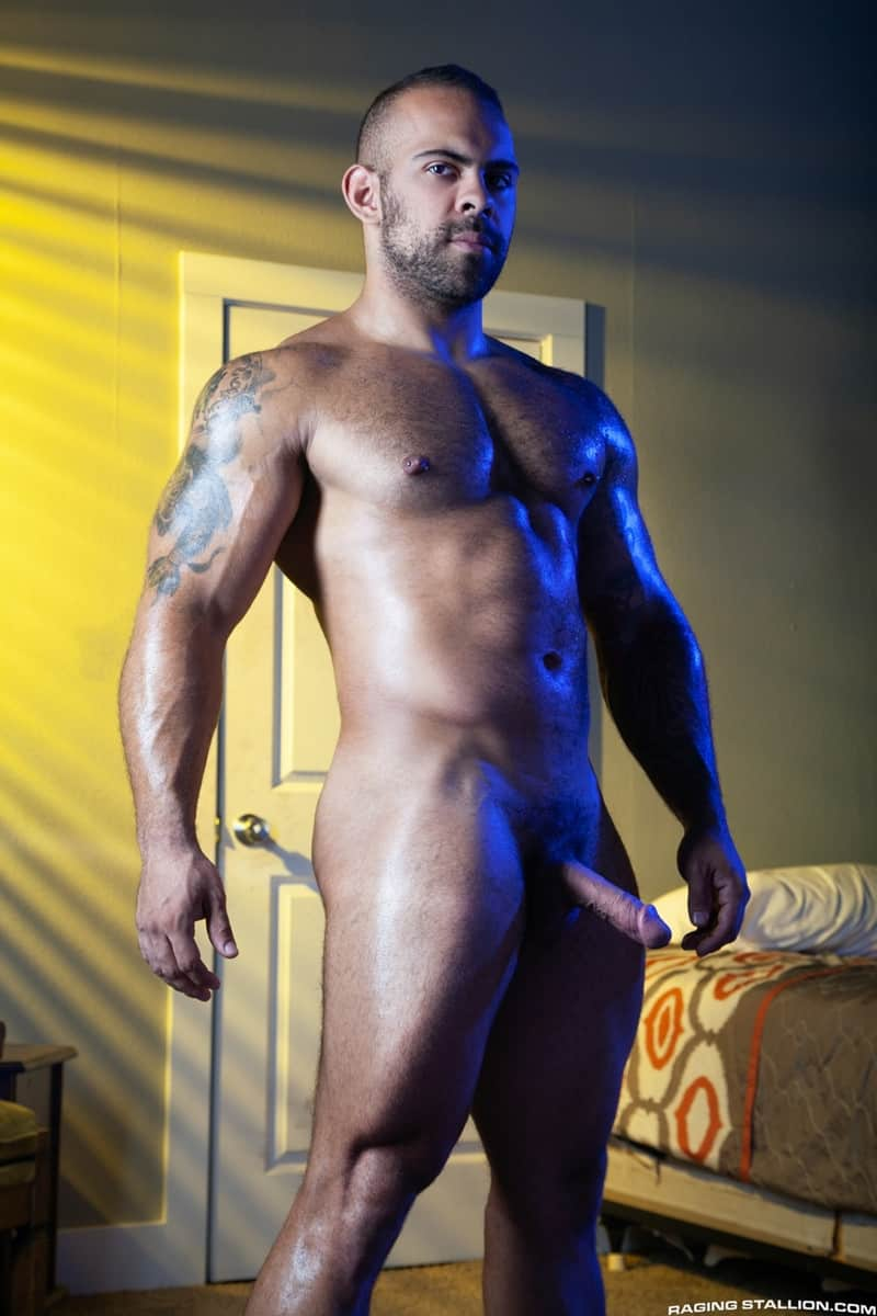 Jay Landford Lorenzo Flexx bareback fucking big black cock muscle ass hole RagingStallion 003 gay porn pictures gallery - Jay Landford takes ownership of Lorenzo Flexx's hole with passionate kisses and long driving thrusts of his raw glistening cock