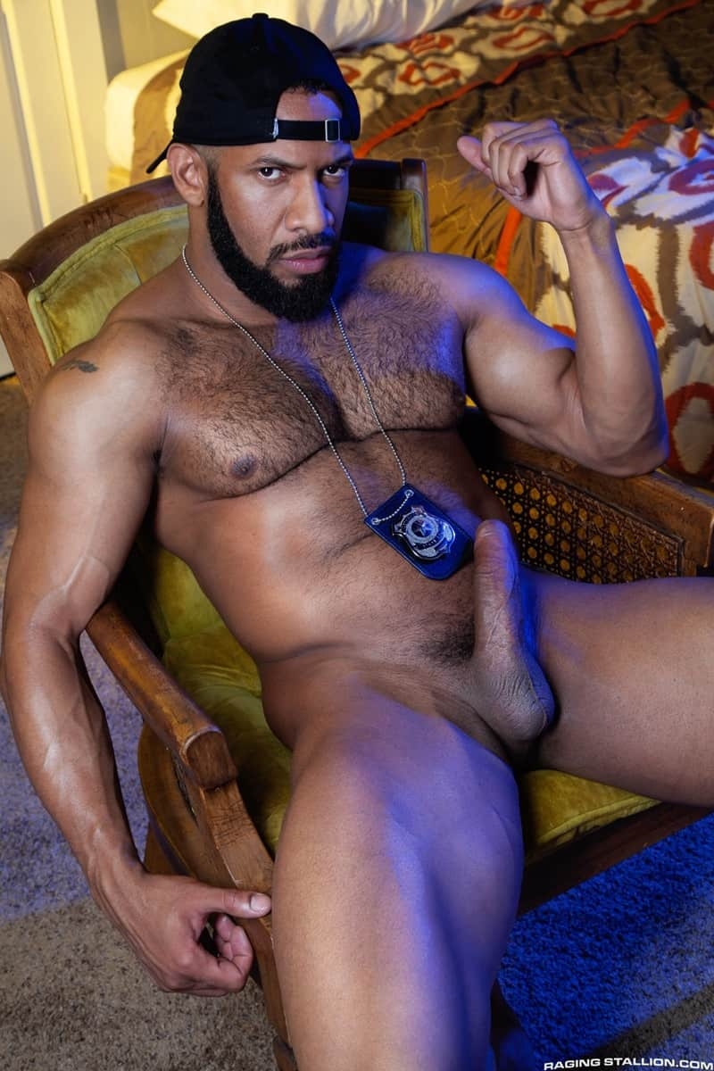Jay Landford Lorenzo Flexx bareback fucking big black cock muscle ass hole RagingStallion 007 gay porn pictures gallery - Jay Landford takes ownership of Lorenzo Flexx's hole with passionate kisses and long driving thrusts of his raw glistening cock