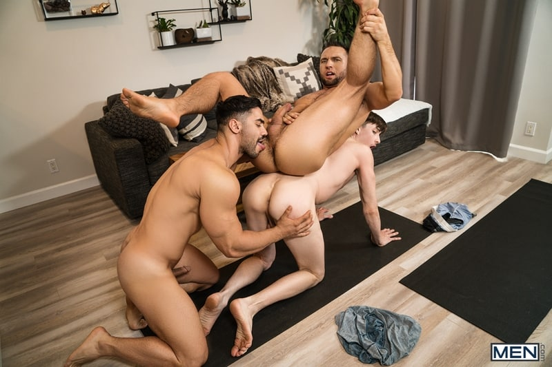 Arad-Winwin-huge-cock-fucks-Colby-Tucker-Jack-Hunters-hot-hole-Men-001-gay-porn-pictures-gallery