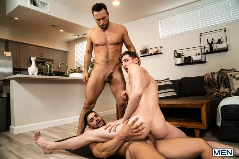 Arad-Winwin-huge-cock-fucks-Colby-Tucker-Jack-Hunters-hot-hole-Men-016-gay-porn-pictures-gallery