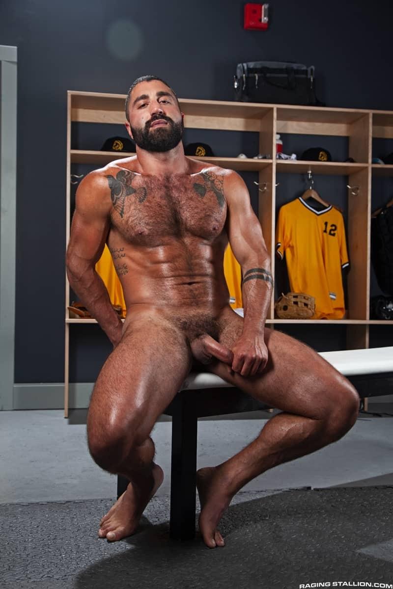 Big-muscle-studs-Wade-Wolfgar-stretches-Sharok-butt-hole-Ricky-Larkin-fucks-face-RagingStallion-007-Gay-Porn-Pics