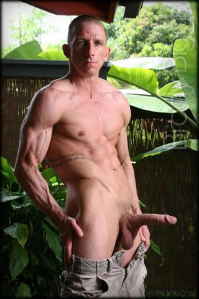 Brody-Biggs-ripped-big-muscle-body-jerks-huge-dick-massive-load-cum-LegendMen-015-gay-porn-pictures-gallery