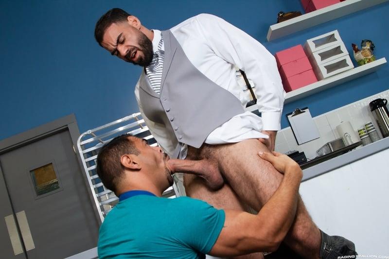 Ricky Larkin big cock slams Draven Navarro tight muscle hole bareback 001 gay porn pics - Ricky Larkin's big cock slams Draven Navarro's tightmuscle hole bareback