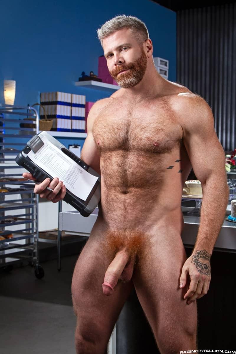 Wade Wolfgar rims fucks Cain Marko hairy ass hole 007 gay porn pics - Wade Wolfgar rims then fucks Cain Marko's hairy ass hole