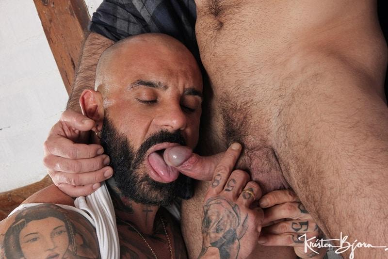 Tattooed muscle hunk Juanjo Rodroguez's huge uncut dick barebacking Leonardo Lucatto's hot hairy asshole