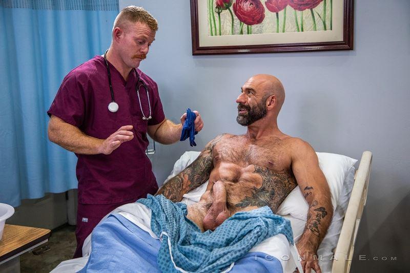 Hairy big muscle hunk Drew Sebastian fucks Jack Vidra's hot bubble ass