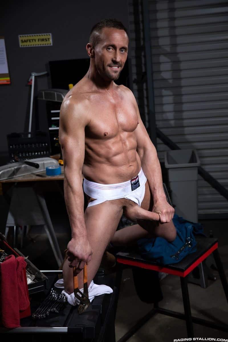 Big muscle stud Myles Landon huge bareback dick fucking hairy chested hunk Aspen hot hole 004 gay porn pics - Big muscle stud Myles Landon's huge bareback dick fucking hairy chested hunk Aspen's hot hole