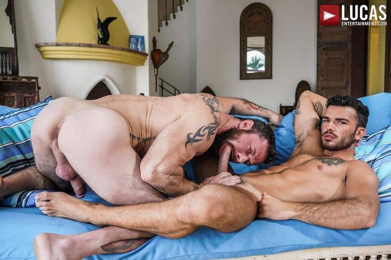 Hot daddy Sergeant Miles bare fucks younger hottie Pol Prince bubble ass 0 gay porn pics - Hot daddy Sergeant Miles's bare fucks younger hottie Pol Prince's bubble ass