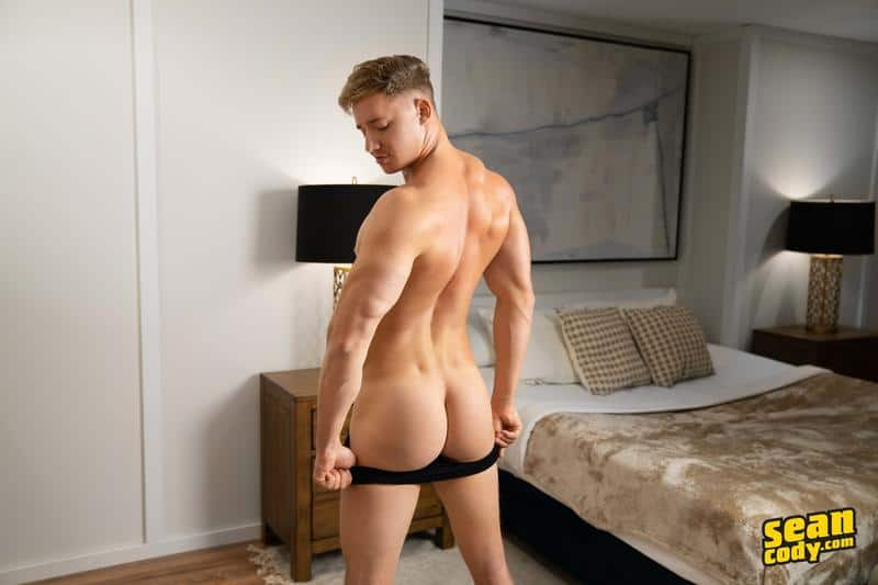 Sexy young muscle boy Max Campbell solo big dick jerk off 8 gay porn pics - Sexy young muscle boy Max Campbell solo big dick jerk off