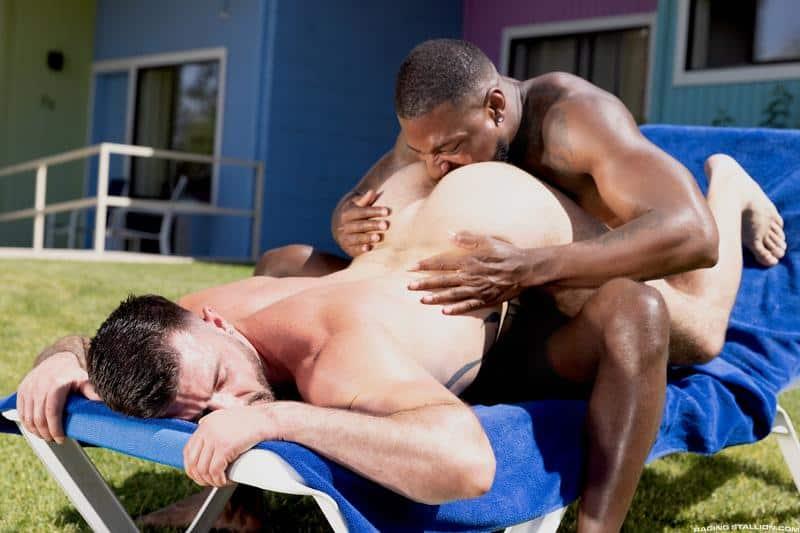 Interracial sexy black muscle stud Reign bareback fucks hairy hunk Ian Holms 12 gay porn pics - Interracial sexy black muscle stud Reign's bareback fucks hairy hunk Ian Holms