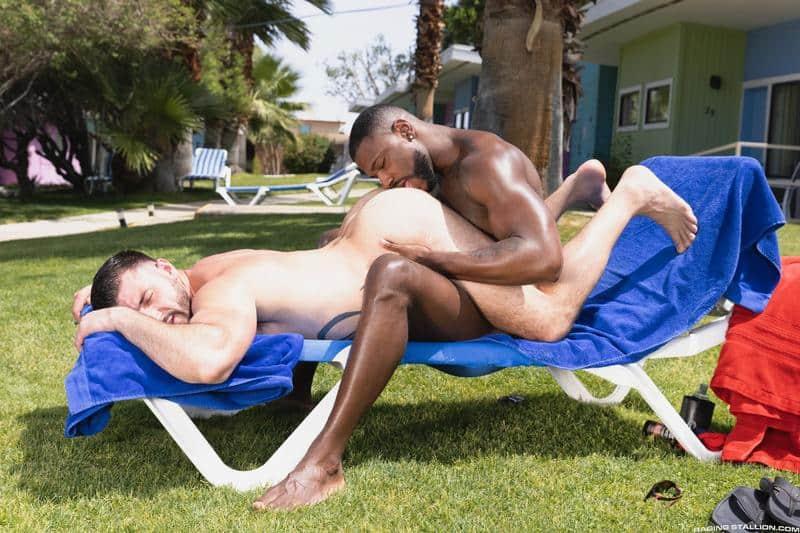 Interracial sexy black muscle stud Reign bareback fucks hairy hunk Ian Holms 9 gay porn pics - Interracial sexy black muscle stud Reign's bareback fucks hairy hunk Ian Holms