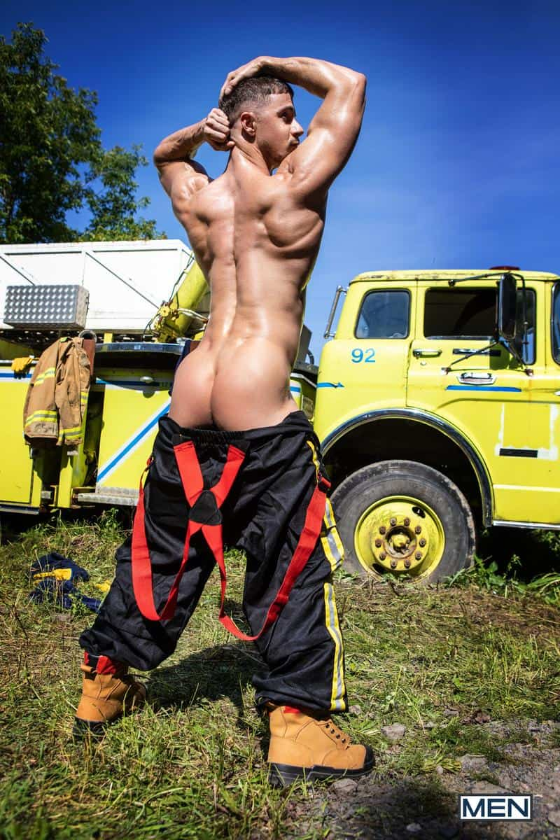 Firefighters Skyy Knox hot holes double fucked muscled hunks William Seed Malik Delgaty huge dicks 4 gay porn pics - Firefighters Skyy Knox's hot holes double fucked by muscled hunks William Seed and Malik Delgaty's huge dicks