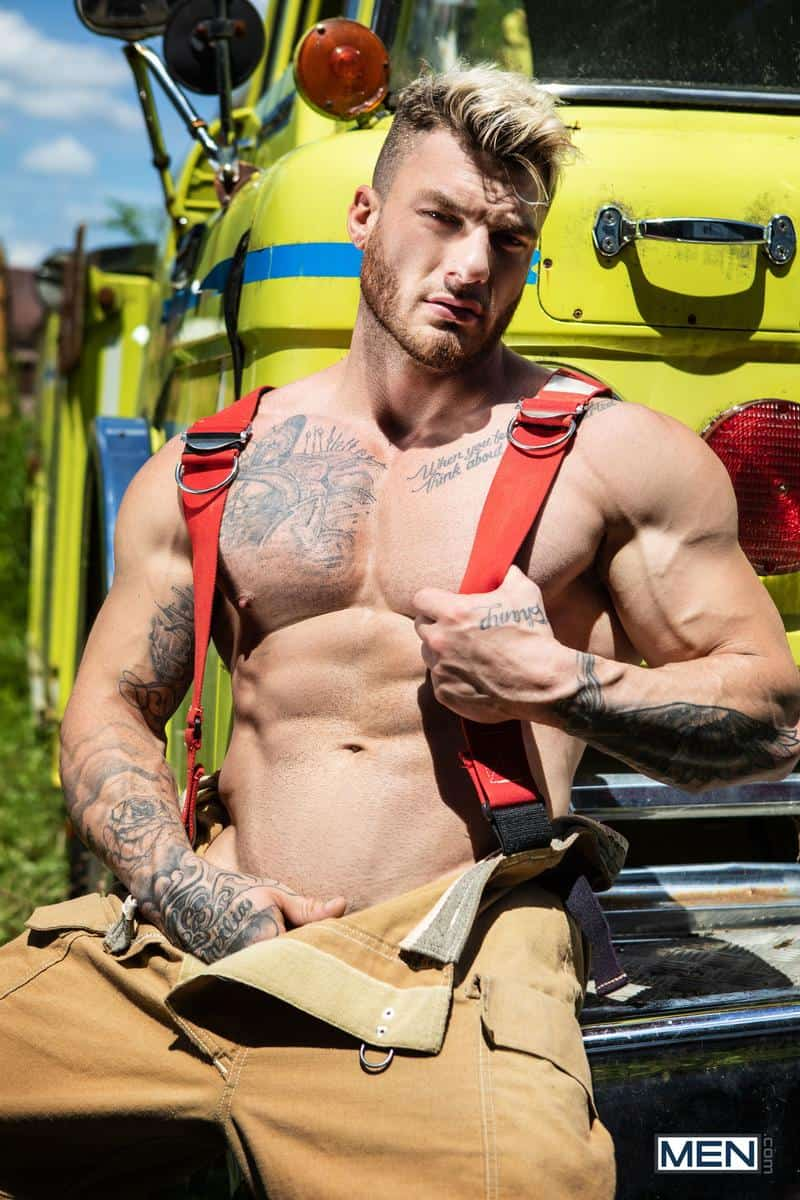 Firefighters Skyy Knox hot holes double fucked muscled hunks William Seed Malik Delgaty huge dicks 9 gay porn pics - Firefighters Skyy Knox's hot holes double fucked by muscled hunks William Seed and Malik Delgaty's huge dicks